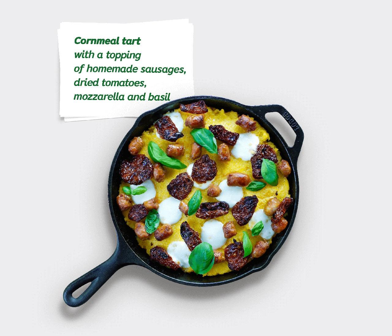 通过新的包装设计和创意配方运动,重新定位了Pambac麦片在日常饮食中的定位和需求。这个市场转变激励人们对传统的玉米粉有了新的定义,Pambac玉米粉加入奶酪和酸奶油,以吸引喜欢追求美味口感的新的消费者。 罗马尼亚人喜爱麦片,在农村地区常常被用作面包替代。传统的玉米粉、奶酪和酸奶油从未离开过罗马尼亚烹饪,但麦片本身却跟不上时代。在罗马尼亚,现代麦片产品的视觉领域偏爱玉米和玉米粥的普通形象,这反映了长期以来的烹饪传统。超市货架上,玉米粉一直看起来像一个通用的、无差别的商品。 Pambac是一家拥有将谷物转化