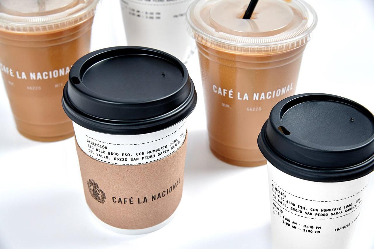 这个美丽的品牌身份和包装设计是墨西哥一家咖啡馆的VI设计。Cafe la Nacional是一家墨西哥咖啡店和烘焙商,专门从事与墨西哥最好的咖啡谷物的工作。 工作室的任务是给La Nacional咖啡馆重塑造品牌形象。它必须保留对该品牌至关重要的传统视角,因为它将墨西哥根源归罪于自己。 Anagrama重新设计了一件古老的墨西哥纹章,加入了与咖啡有关的图案,比如老鹰周围的咖啡属,以及下面的烘焙机烘焙的1770年的咖啡。当徽标与所选字体并列时,会产生一种更现代的感觉。这是构成的整体感觉。 此外,为了区分每种